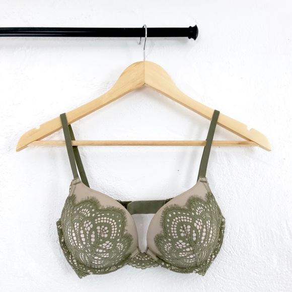 Victoria's Secret Other - Victoria's Secret Dream Angel Lace Push-up Bra 32D